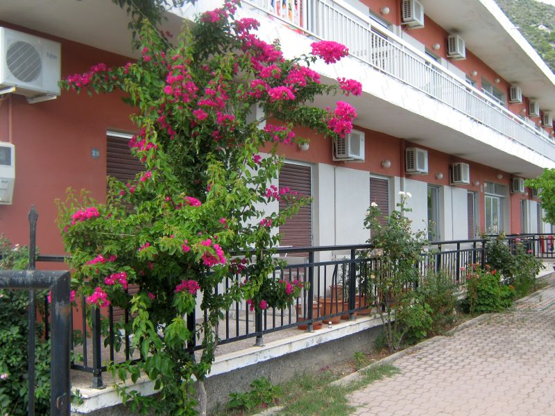 kontogiannis apartments 01